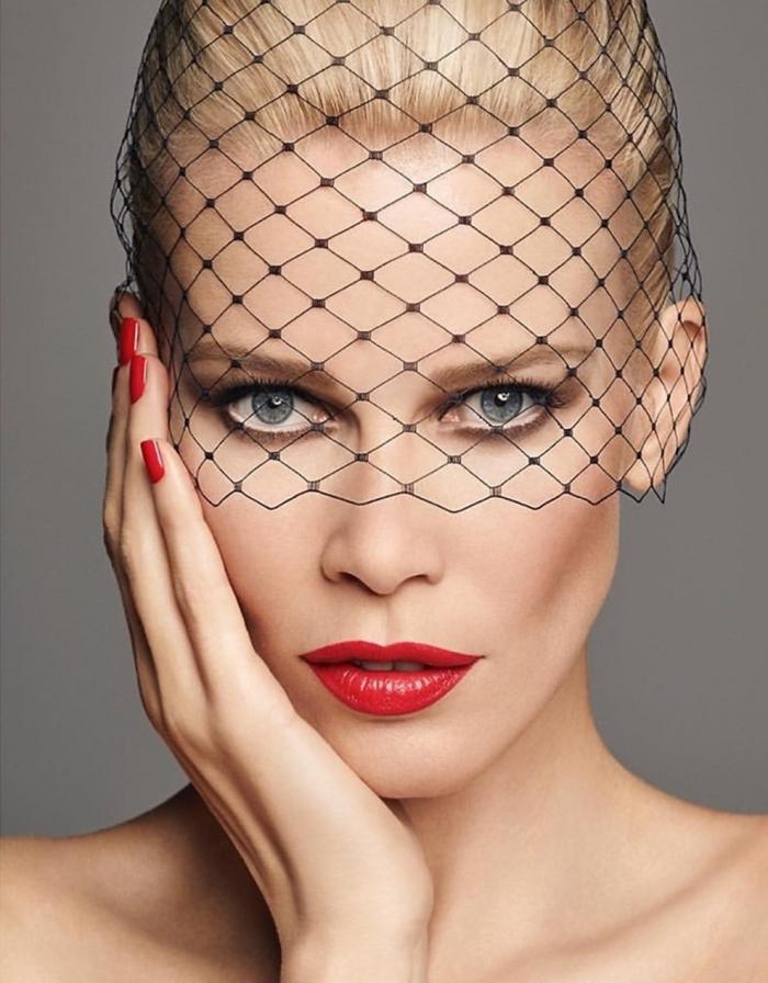 Claudia Schiffer Makeup