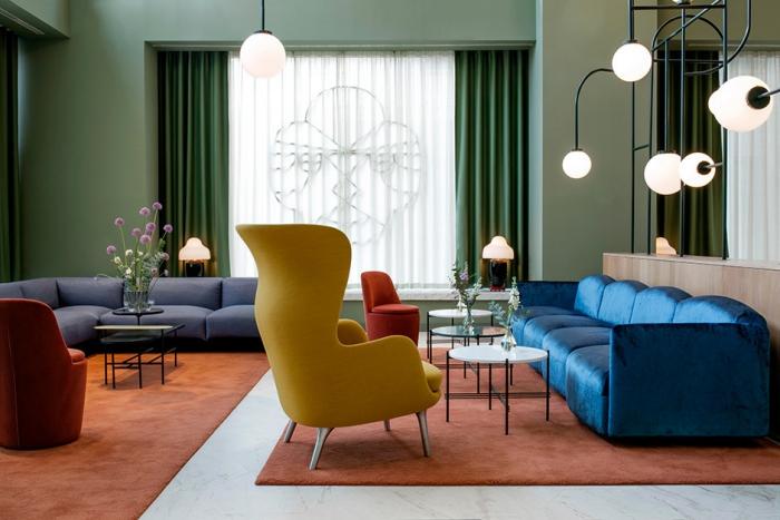 Обновленные интерьеры отеля Barcel? Torre de Madrid — работа дизайнера Хайме Айона.