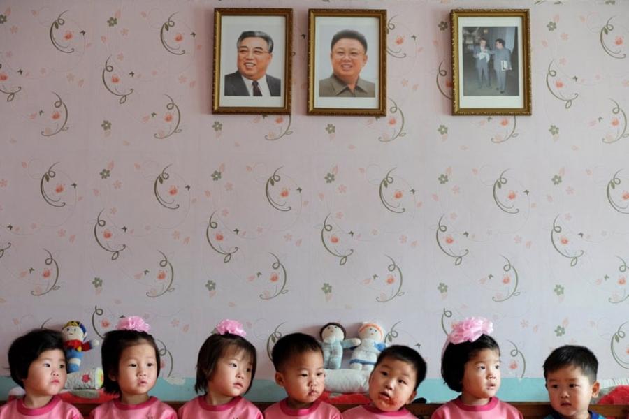 Фабиан Мьюир, «Руки, которые качают колыбель», Нампхо, Северная Корея