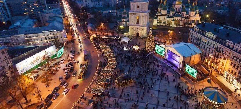 Реклама на відеоекранах на Софійські площі 2019-2020